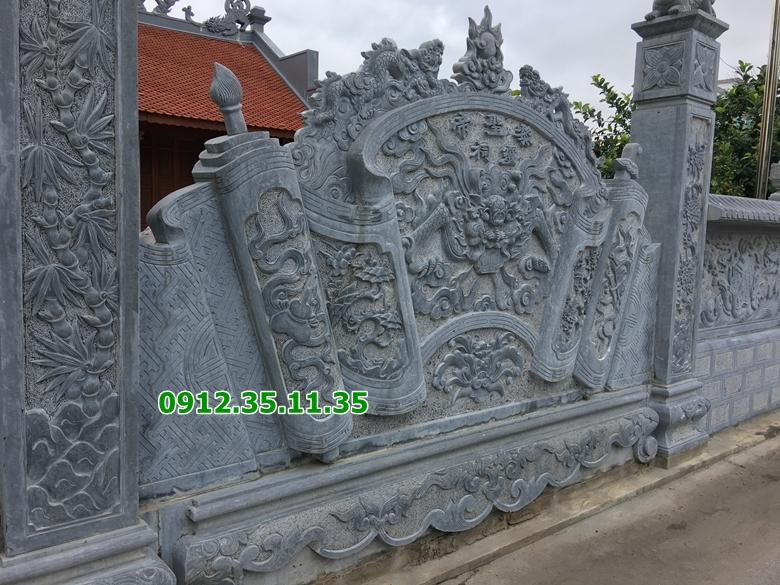 bình phong đá ở chùa