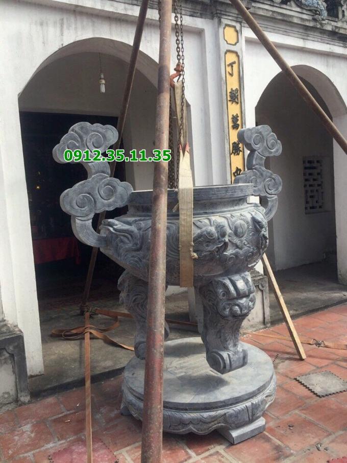 Lư hương đình chùa