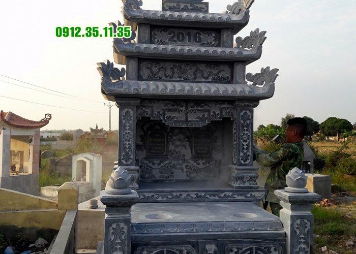 mộ đá ba mái MN12