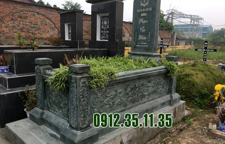 Mẫu mộ bằng đá xanh rêu đẹp