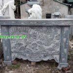 bàn lễ bằng đá