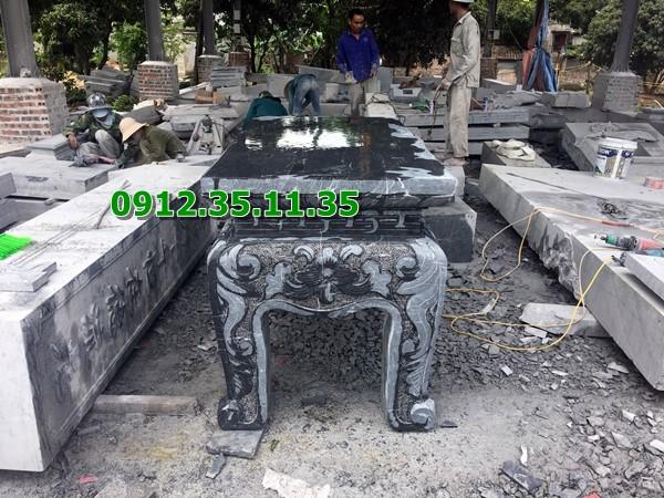 bàn lễ bằng đá chế tác tại xưởng