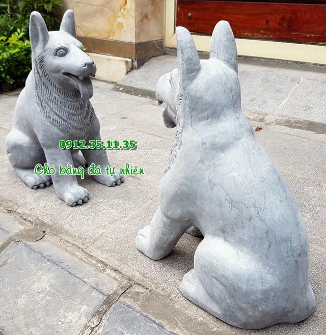 Đôi chó bằng đá tự nhiên