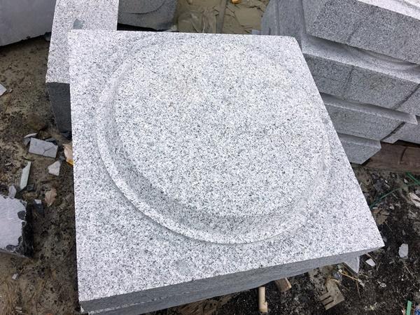 đá granite kê cột